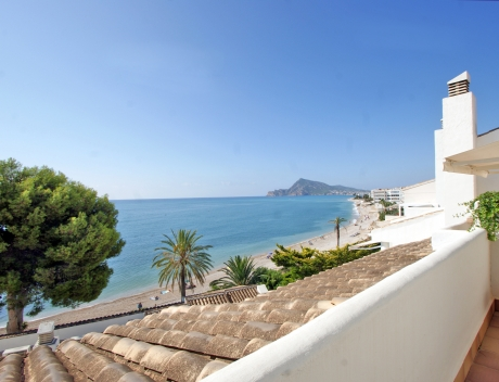 CHFi832: Beautiful duplex penthouse apartment in Cap Negret with unobstructed sea views - Main