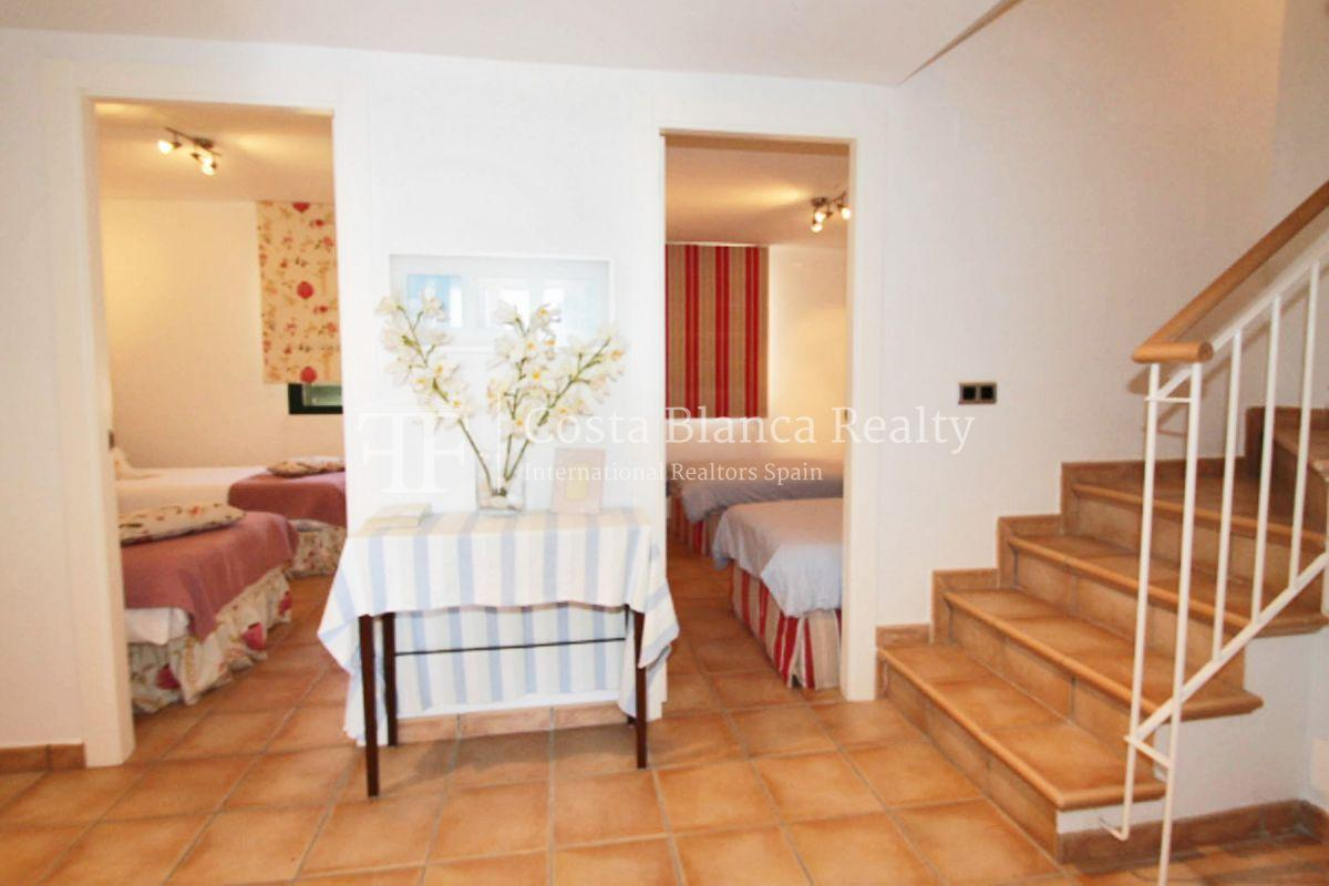 Wonderful Duplex Apartment in first line to the Sea and the Harbor - 9 - CHFi499