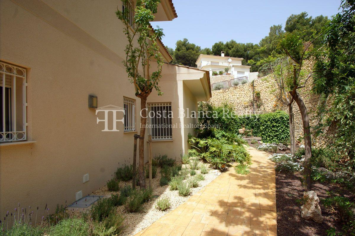 Superb Villa with Great Views in the Sierra de Altea, plus extra Plot of 800m2 - 32 - CHFi450