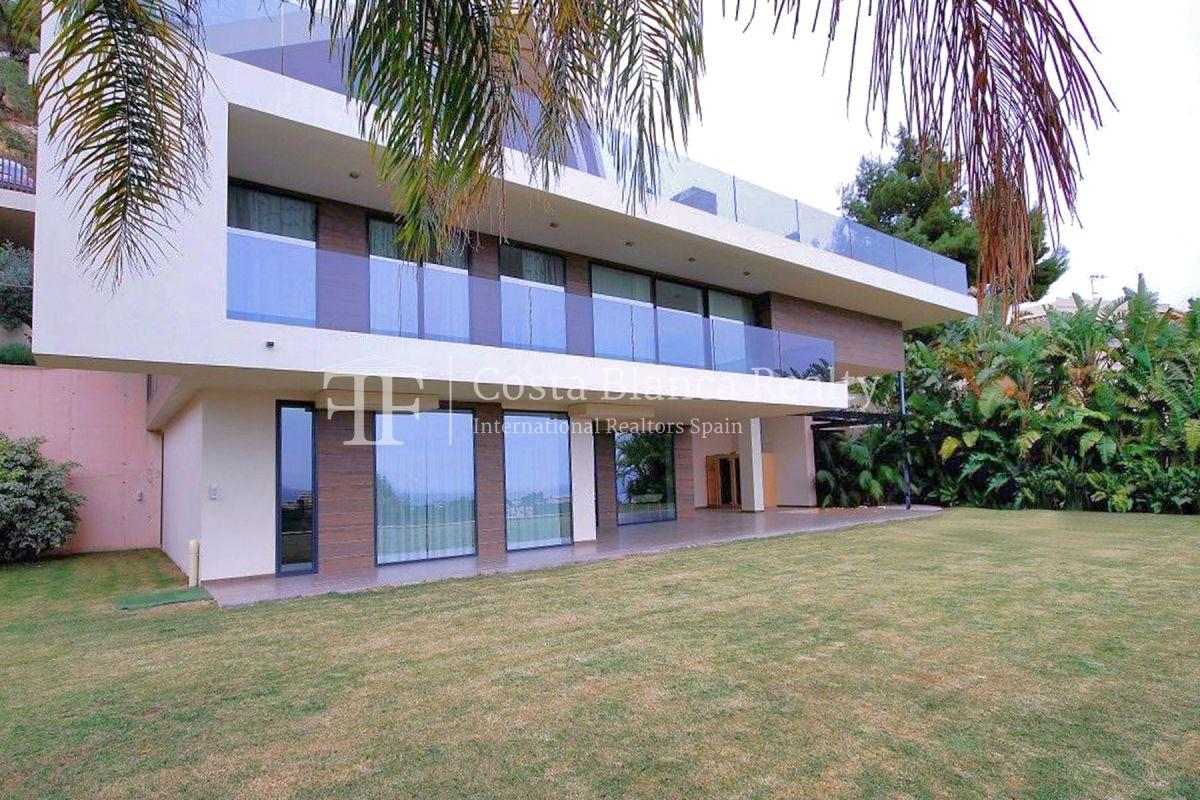 Modern luxury villa with sea views for sale - 2 - CHFi836