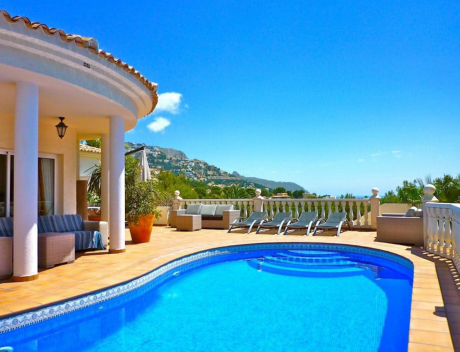 CHFi890: Established guest house in Altea with sea views for sale  - Main
