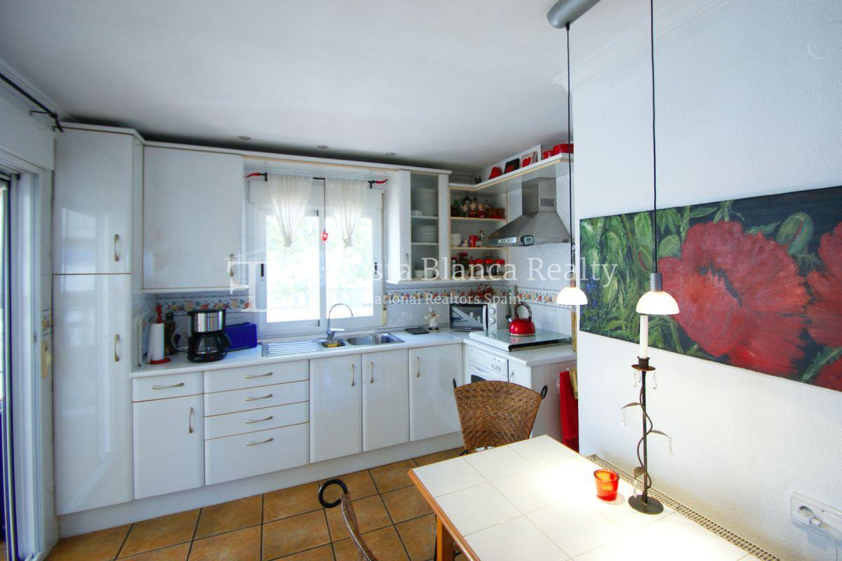 Well maintained end terraced house with private pool in Albir - 8 - JOFi266