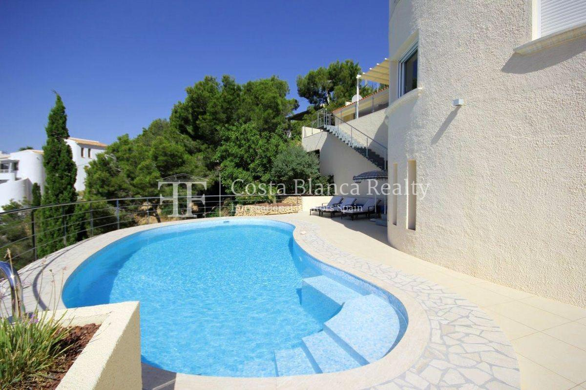 Beautifully renovated house / villa with sea views in Altea for sale, Sierra de Altea - 5 - FPAS105