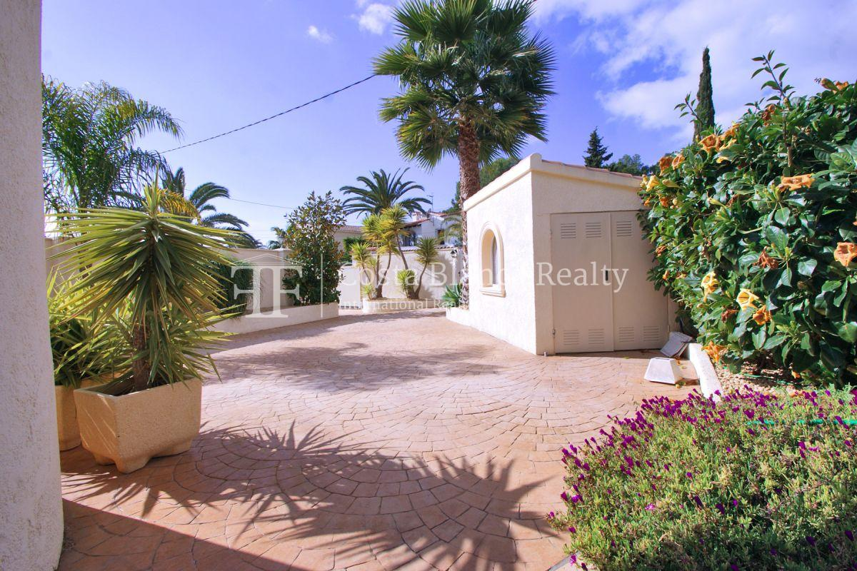 Charming renovated modern villa for sale in Benissa - 37 - CHFi795