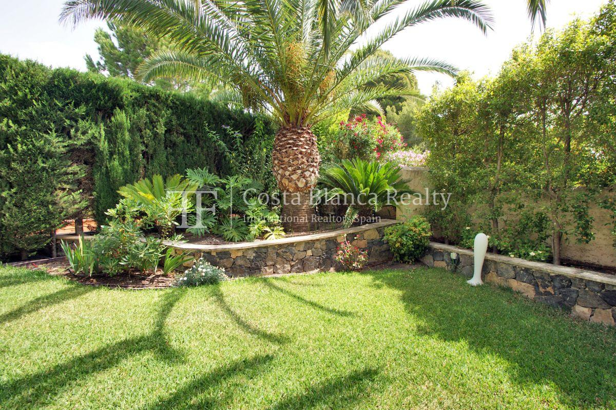 Magnificent luxury villa with extra building plot in the Sierra de Altea for sale - 45 - CHFi826