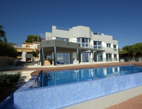 CHFi247: Modern firstline villa in Calpe with direct access to the beach, Les Bassetes - Main
