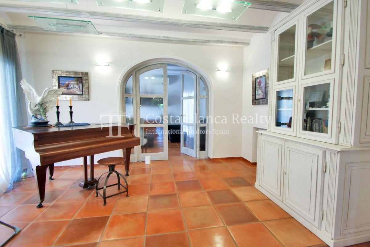 Magnificent luxury villa with extra building plot in the Sierra de Altea for sale - 19 - CHFi826