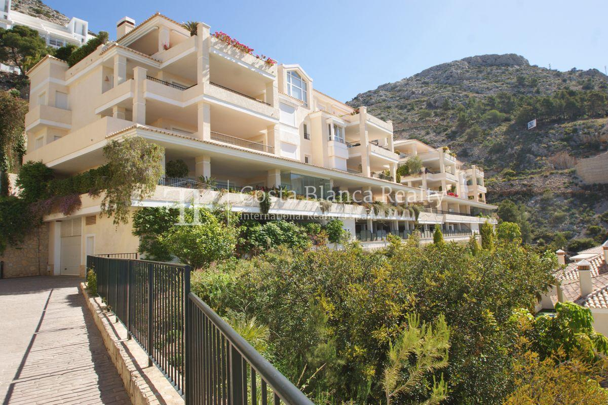 Luxury Apartment with incredible Sea views - 36 - CHFi813