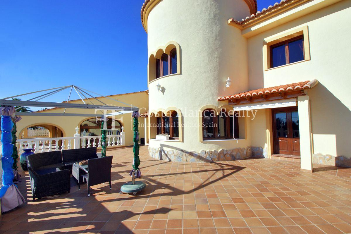Very Large villa in calpe for sale with partly sea views - 42 - CHFi789