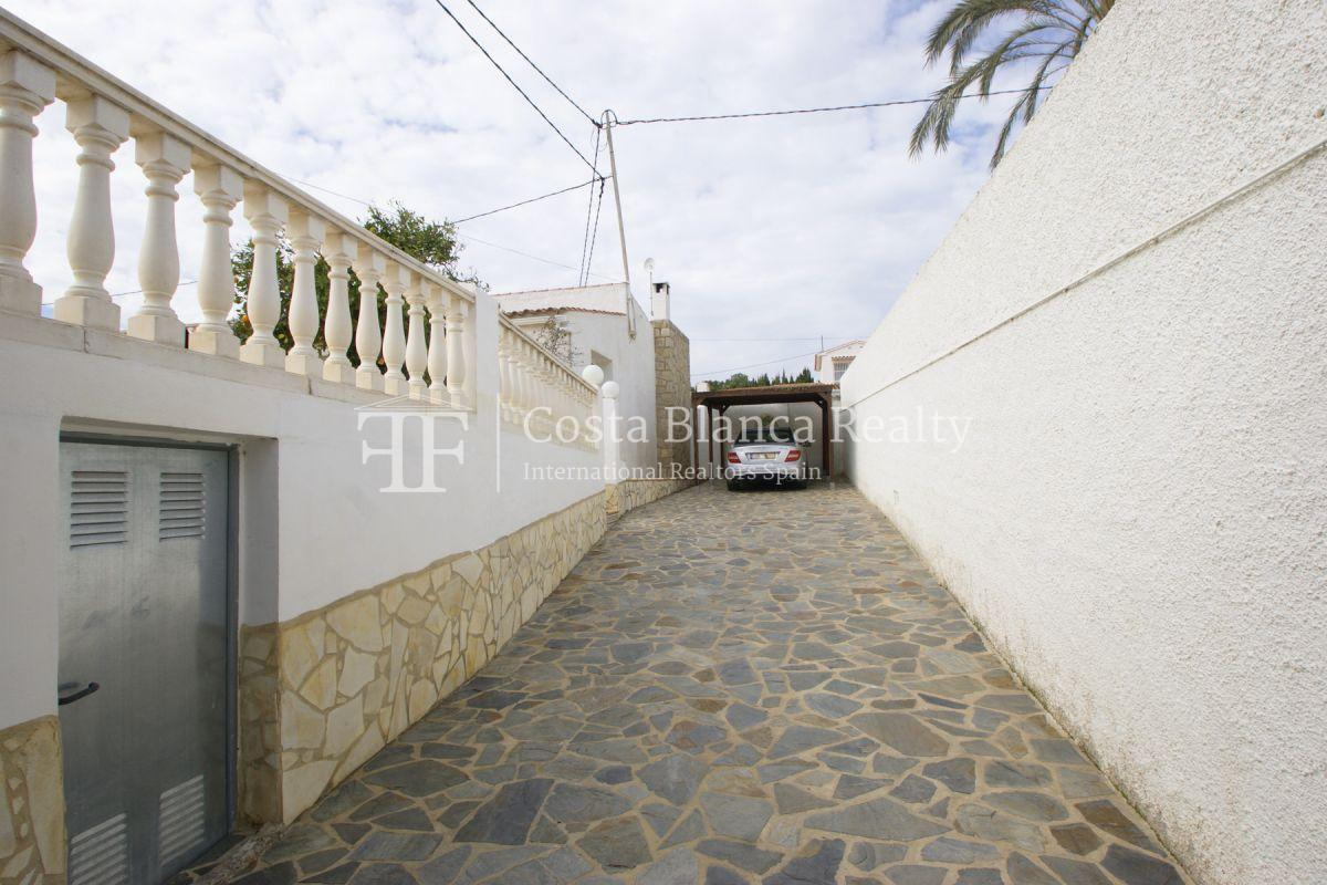 Nice one level House / Villa for sale in Alfaz del Pi at the Costa Blanca, Alicante, Spain with partly sea view and big terraces - 31 - CHFi707