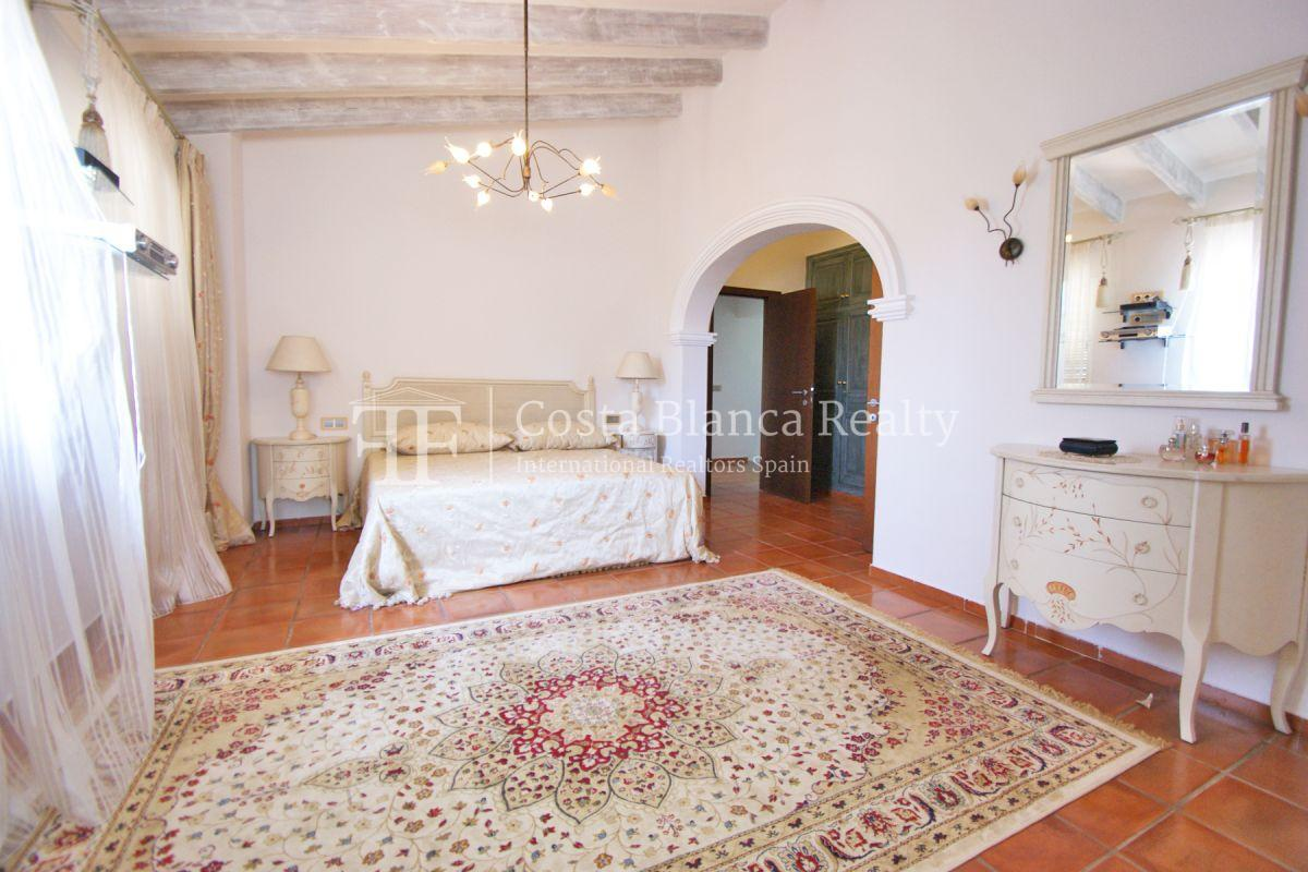 Magnificent luxury villa with extra building plot in the Sierra de Altea for sale - 23 - CHFi826