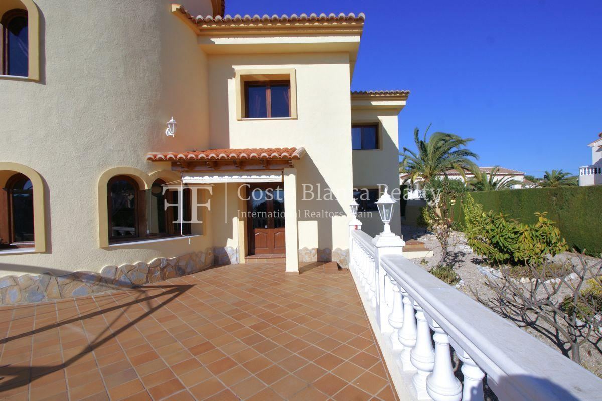 Very Large villa in calpe for sale with partly sea views - 46 - CHFi789