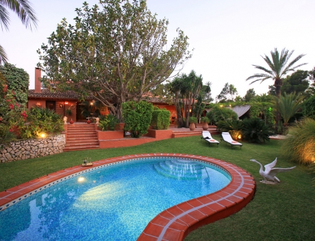 CHFi533: Exceptional property surrounded by a beautiful landscaped garden, Sierra de Altea - Main