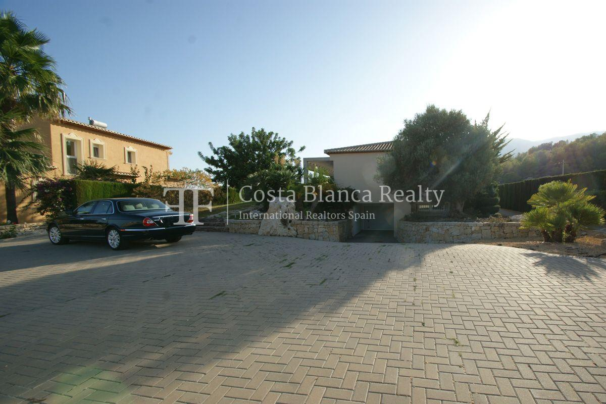 Very nice one level property with unobstructable sea view in Calpe - 49 - CHFi543
