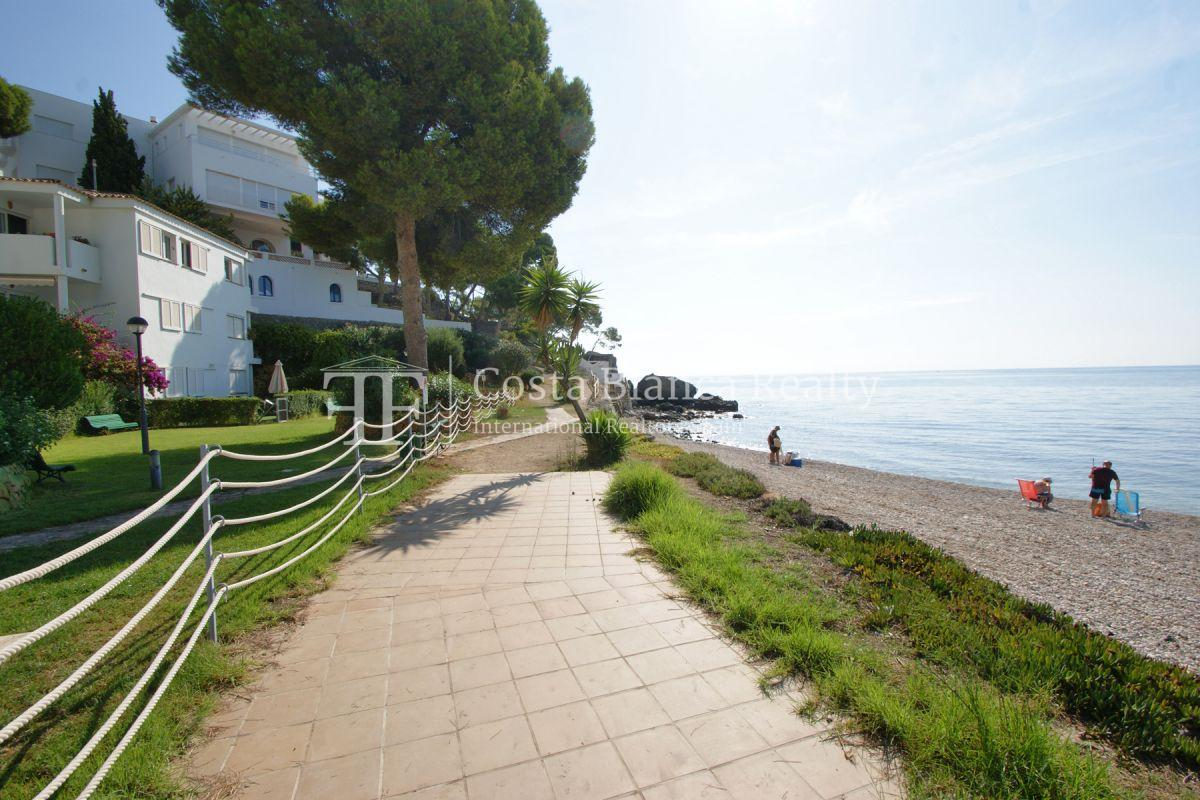 Beautiful duplex penthouse apartment in Cap Negret with unobstructed sea views - 31 - CHFi832