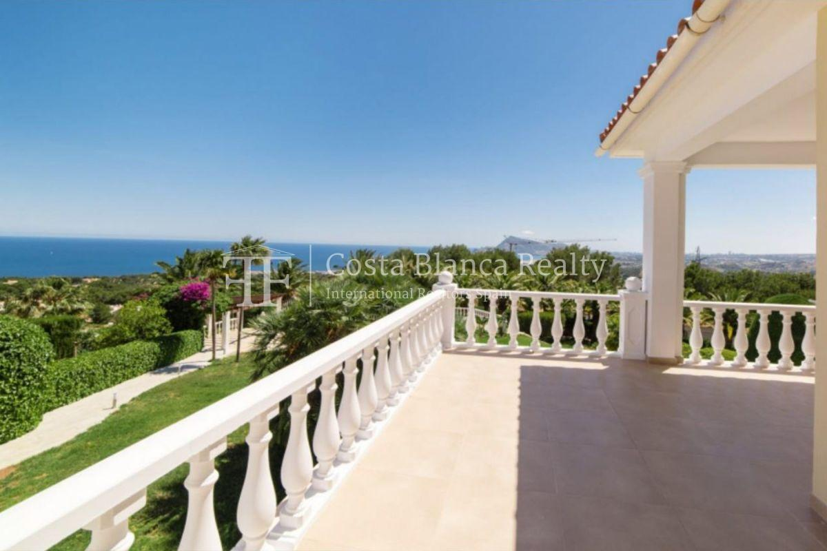 Impressive villa in the Sierra de Altea with 360º panoramic sea views - 2 - CHFi762