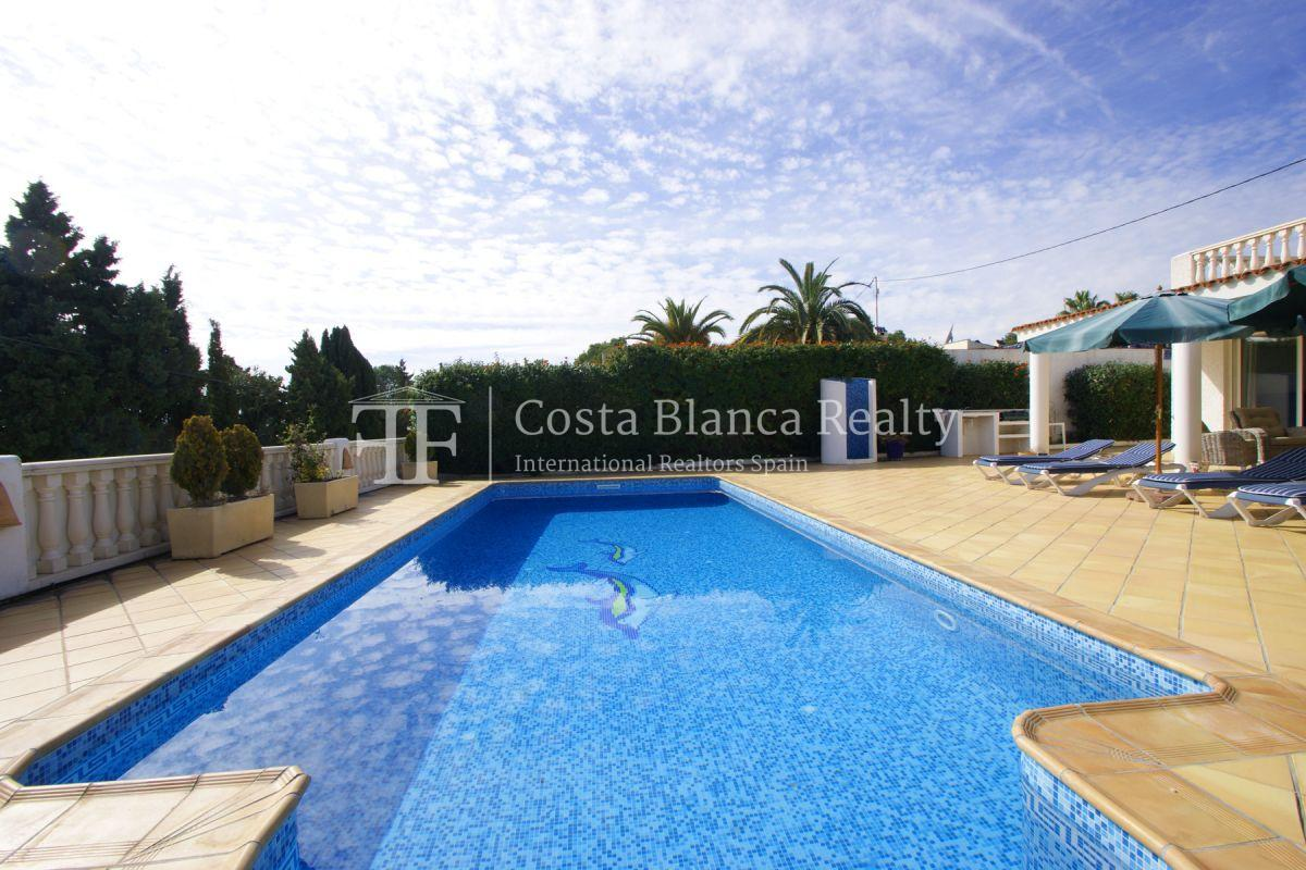 Nice one level House / Villa for sale in Alfaz del Pi at the Costa Blanca, Alicante, Spain with partly sea view and big terraces - 32 - CHFi707