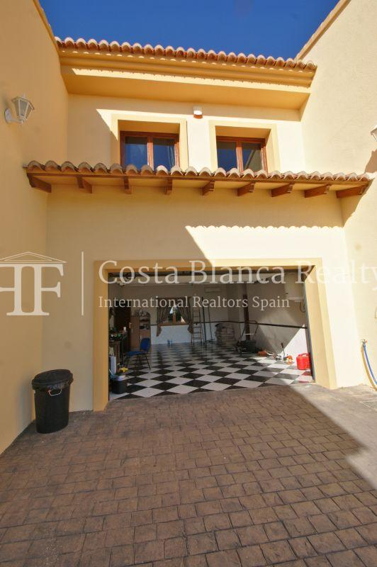 Very Large villa in calpe for sale with partly sea views - 58 - CHFi789