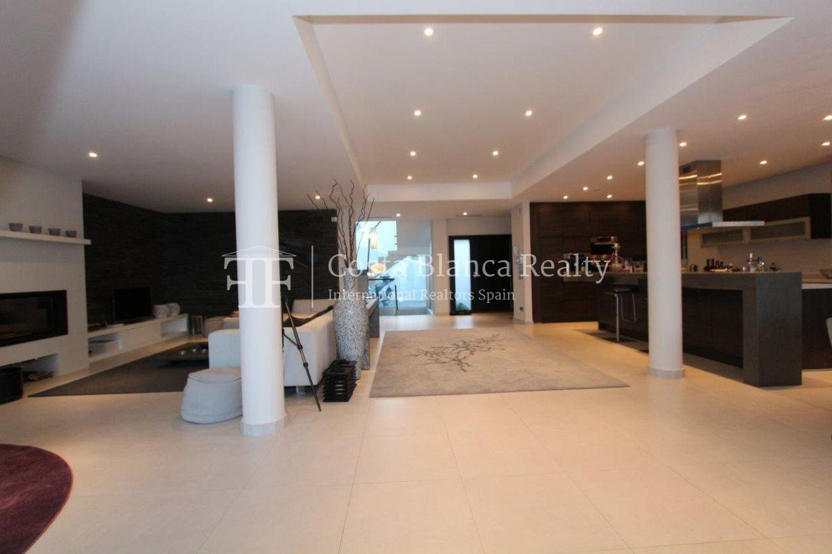 Luxury newly built villa at first line for sale, Calpe, El Tossal, Spain - 13 - CHFi512