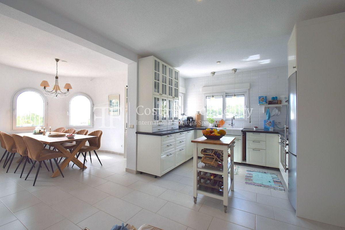 Beautifully renovated villa with sea views in Altea, Montahud - 10 - CHFi743