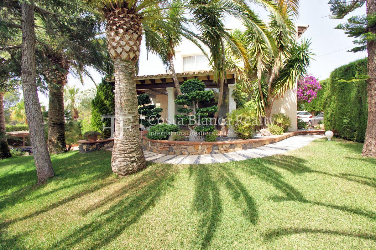 Magnificent luxury villa with extra building plot in the Sierra de Altea for sale - 35 - CHFi826