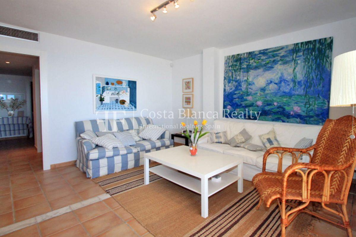 Wonderful Duplex Apartment in first line to the Sea and the Harbor - 3 - CHFi499