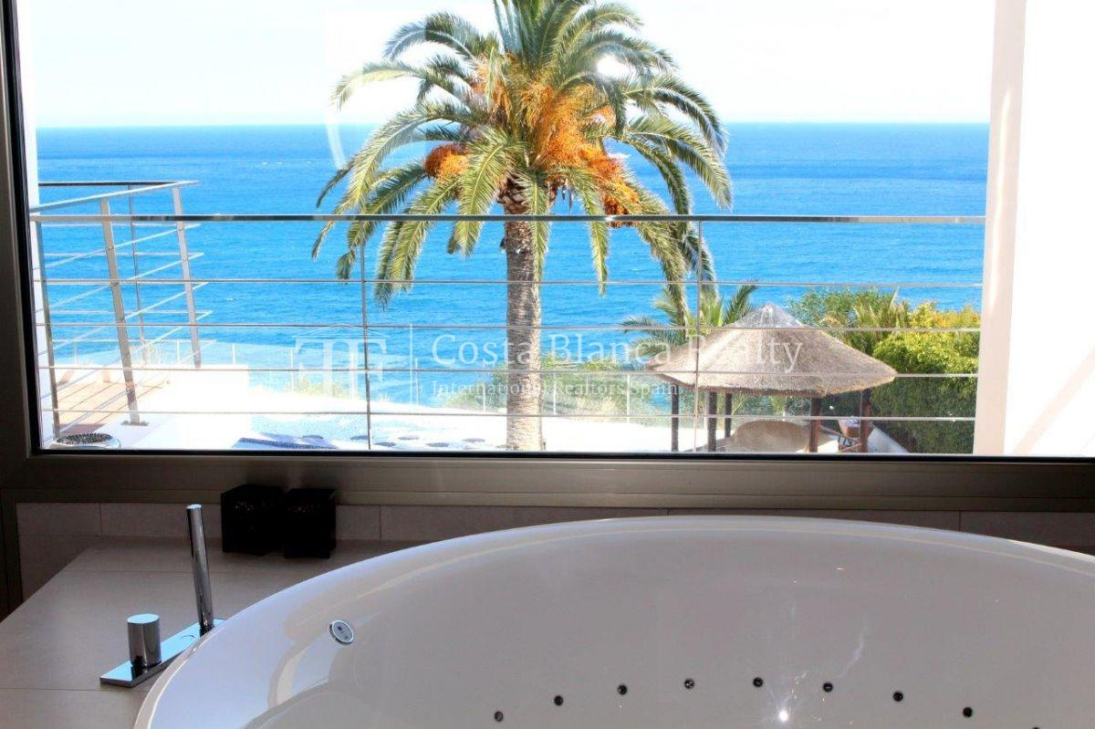 Luxury newly built villa at first line for sale, Calpe, El Tossal, Spain - 11 - CHFi512