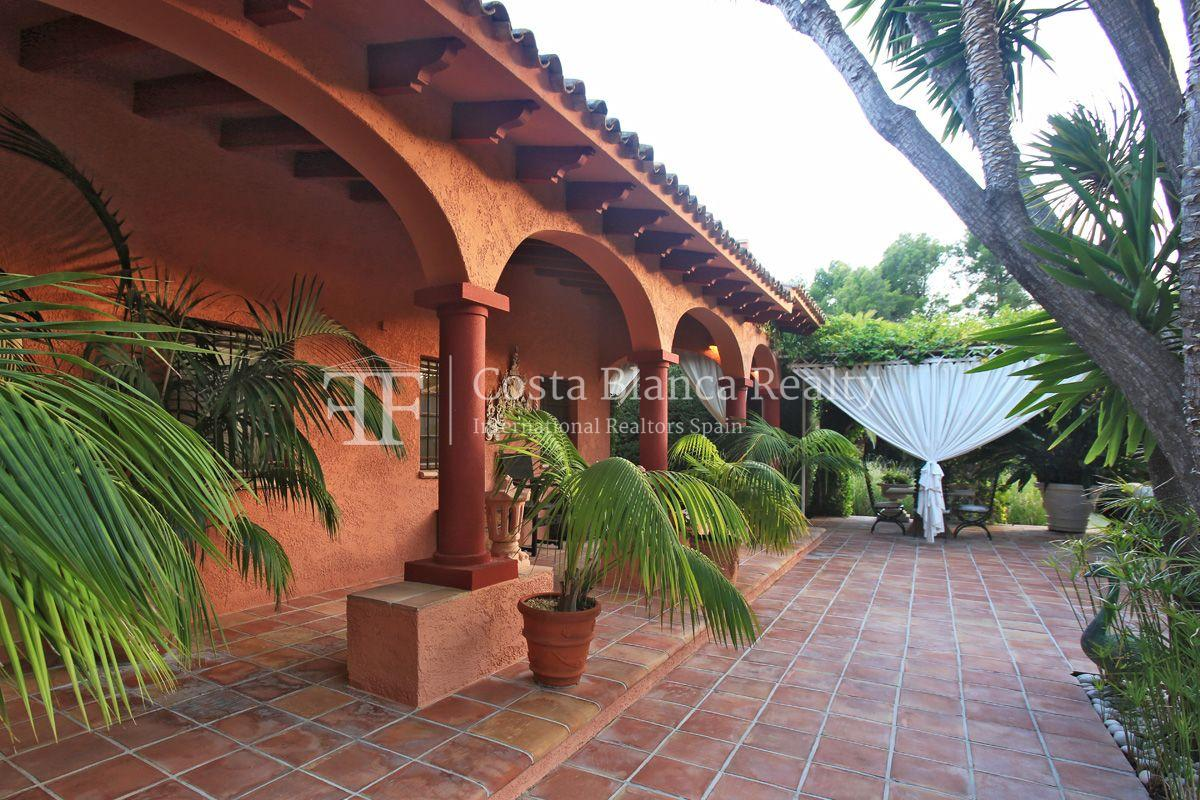 Exceptional property surrounded by a beautiful landscaped garden, Sierra de Altea - 2 - CHFi533